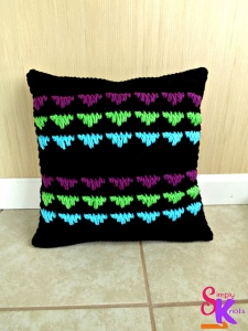 Simply Knots | Secret Jewels Pillow